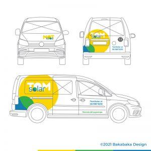 TomSolar huisstijl: bestickering bedrijfswagen met zonnig logo